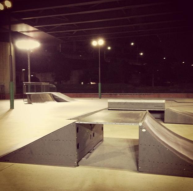 新横浜公園スケートパーク