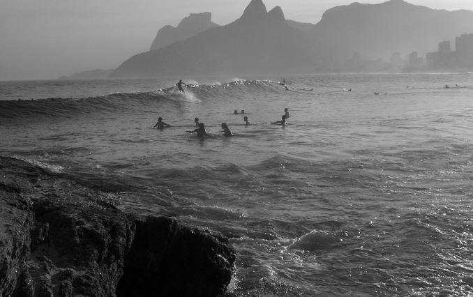 サーフィン 混雑2