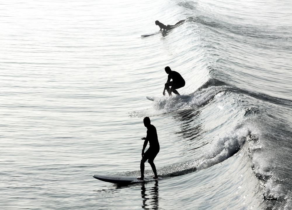 サーフィン 波に乗り