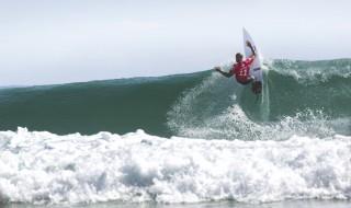 サーフィン 大会