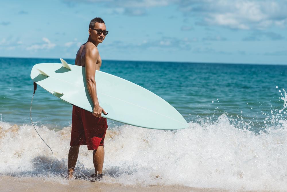 サーフィン 男 短髪