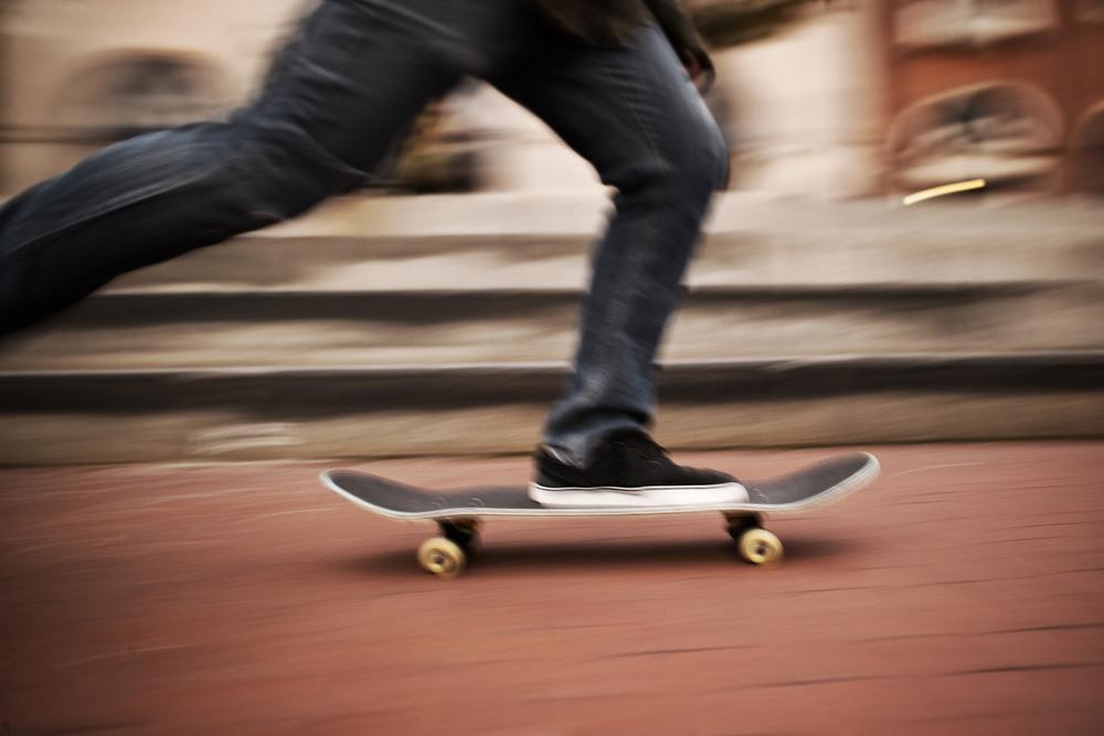 スケートボード 滑る